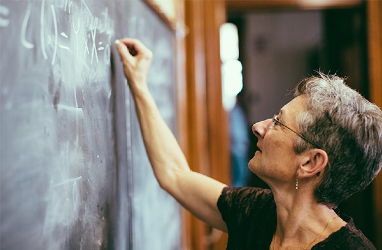 mais-de-90-dos-professores-em-atividade-serao-impactados-com-reforma-da-previdencia-diz-estudo