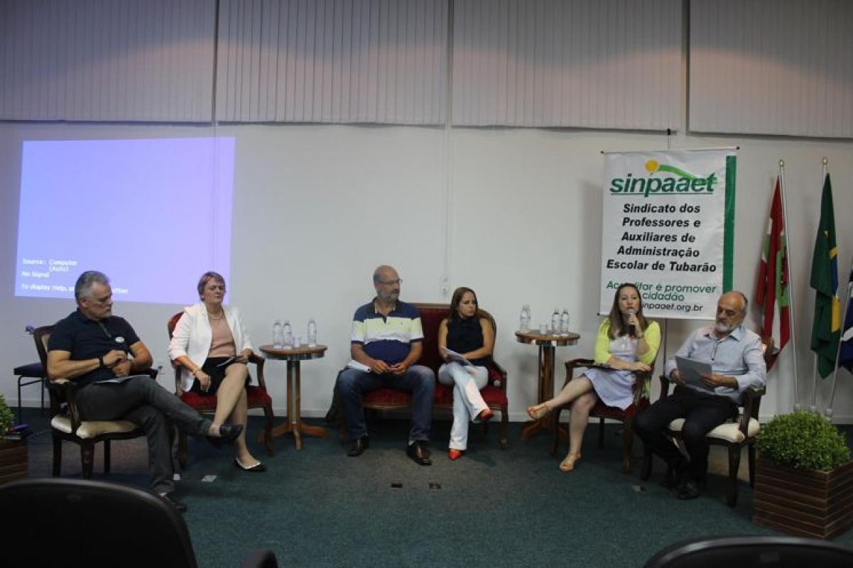 espaco-cultural-sinpaaet-e-inaugurado-com-produtivo-debate-sobre-midia-e-educacao